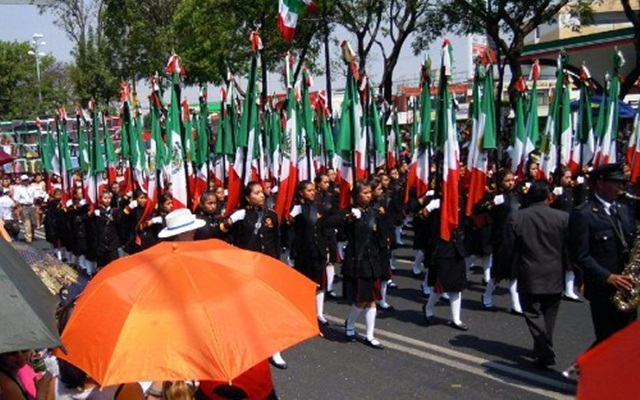 Desfile en el colegio - 1 10