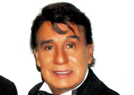 Gualberto Castro Net Worth