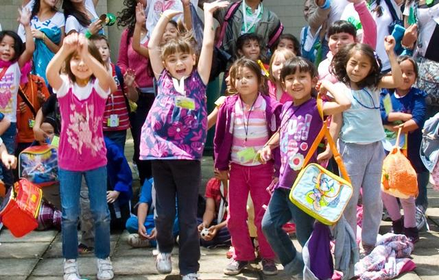 Celebran el d a del ni o peri dico enfoque poder for Noticias del espectaculo mexicano del dia de hoy