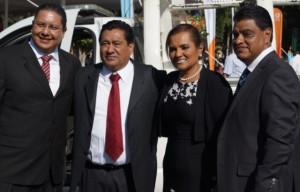 Lola Parra y familiares