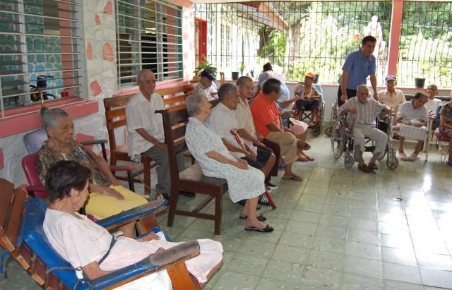 Desmiente coordinadora rumores de maltrato en casa hogar para ancianos - Casa para ancianos ...