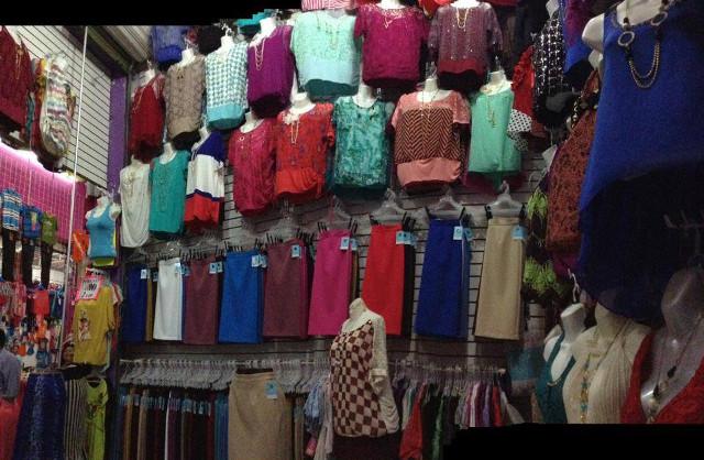 Podr an ser reubicados comerciantes de tianguis los for Imagenes de lavaderos de ropa