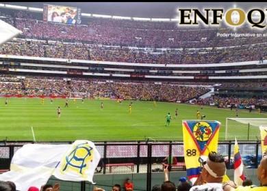 Estadio Azteca en Clásico nacional.